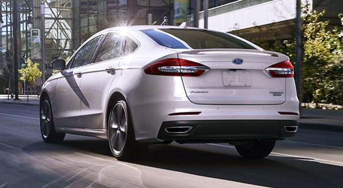 Ford Fusion 2022
