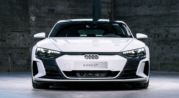 New 2022 Audi E-tron First Look